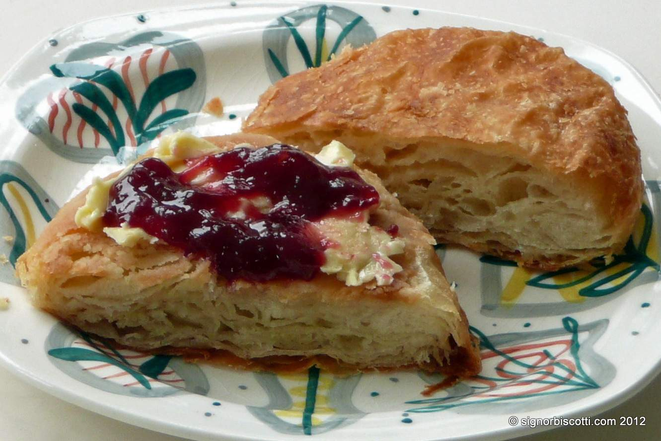 Aberdeen Rowie with butter and jam